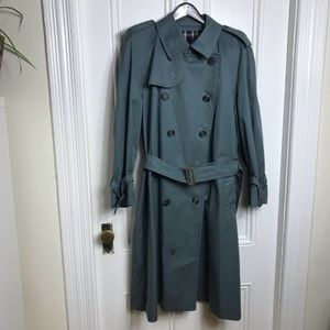 Vintage men's Burberry blue trench coat belted